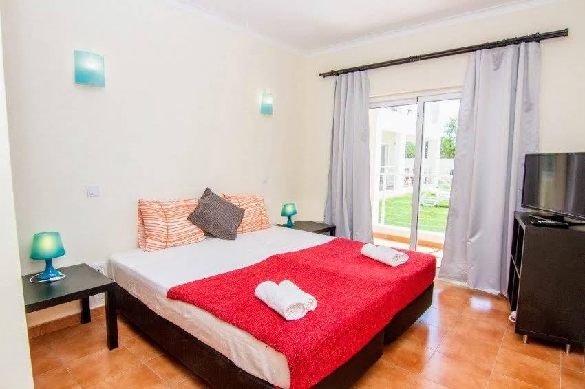 T2 R/C B - Sun Apartments